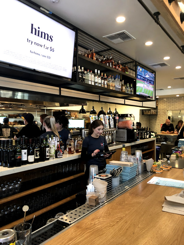 Wr Kitchen Bar By Wood Ranch Opens In Laguna Niguel Vy Loves To Eat