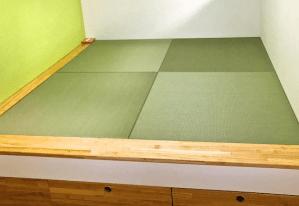 DIYで小上がりを作り、畳を置きました