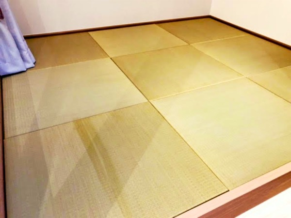 Sigaporeで完成した琉球畳を敷いた和室