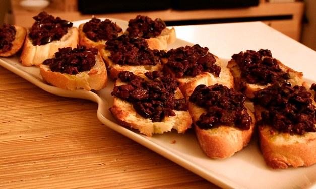 Tapenade d'olives noires (تابيناد الزيتون)