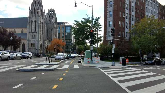 15th St. protected bike lane at W