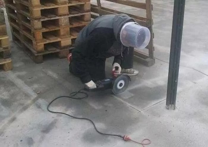 25 Funny Pics of Epic Fail Workplace Safety That Will Shock You -12