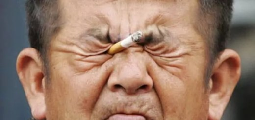funny-smoking-eye