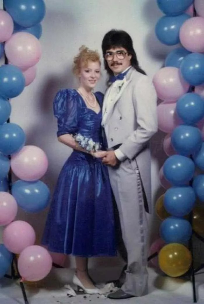 50 Ridiculous 80's Prom Photos That Will Make You Laugh -18