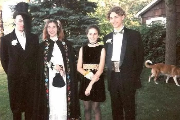 50 Ridiculous 80's Prom Photos That Will Make You Laugh -41