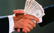 handshake-with-money-006
