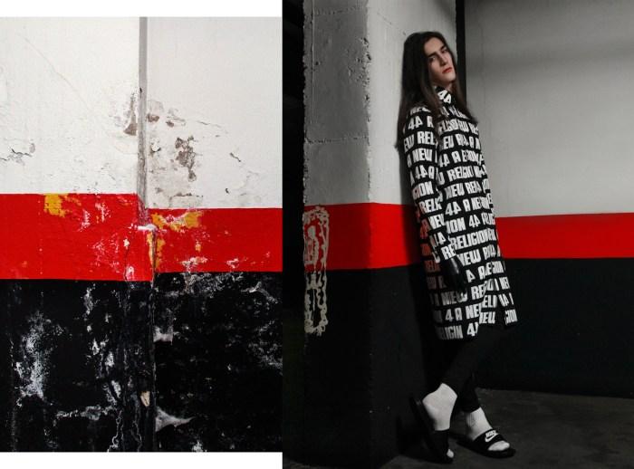 Camisa: 44studio | Guantes negros: CocoLatex x 44studio| Calcetines & Sandalias Nike