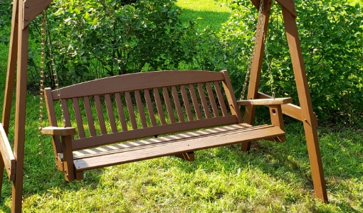 how to refinish an outdoor wooden swing