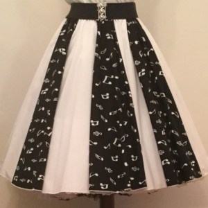 Blk Small Music Notes / Plain White  Panel Skirt