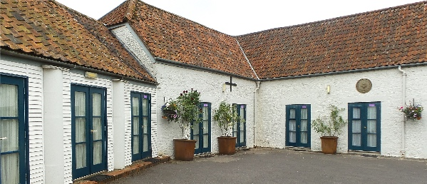 bath arms uk dog friendly rooms