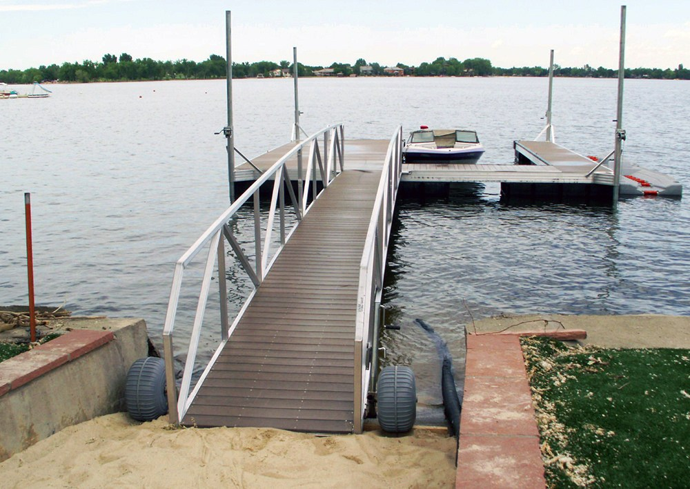 Boat Dock Gangways Aluminum Docks Wahoo Docks
