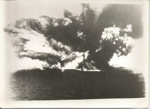 HMS Barham - Dad's pictures of the sinking - better resolution than those on the website - click on the picture below to see the PDF file to which they were scanned!