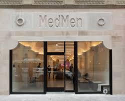 "AdWeek Article Calls MedMen, ""The Apple Store of Weed"""