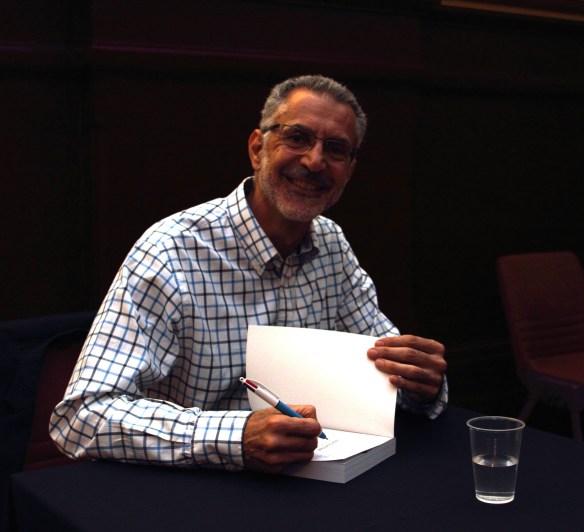 Dino Hodge signing
