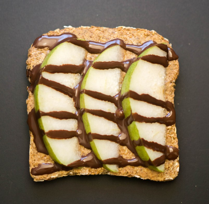 Healthy SNACK IDEAS - Get tons of ideas and inspiration to spice up your snacking experience! www.wakeuptowaffles.com