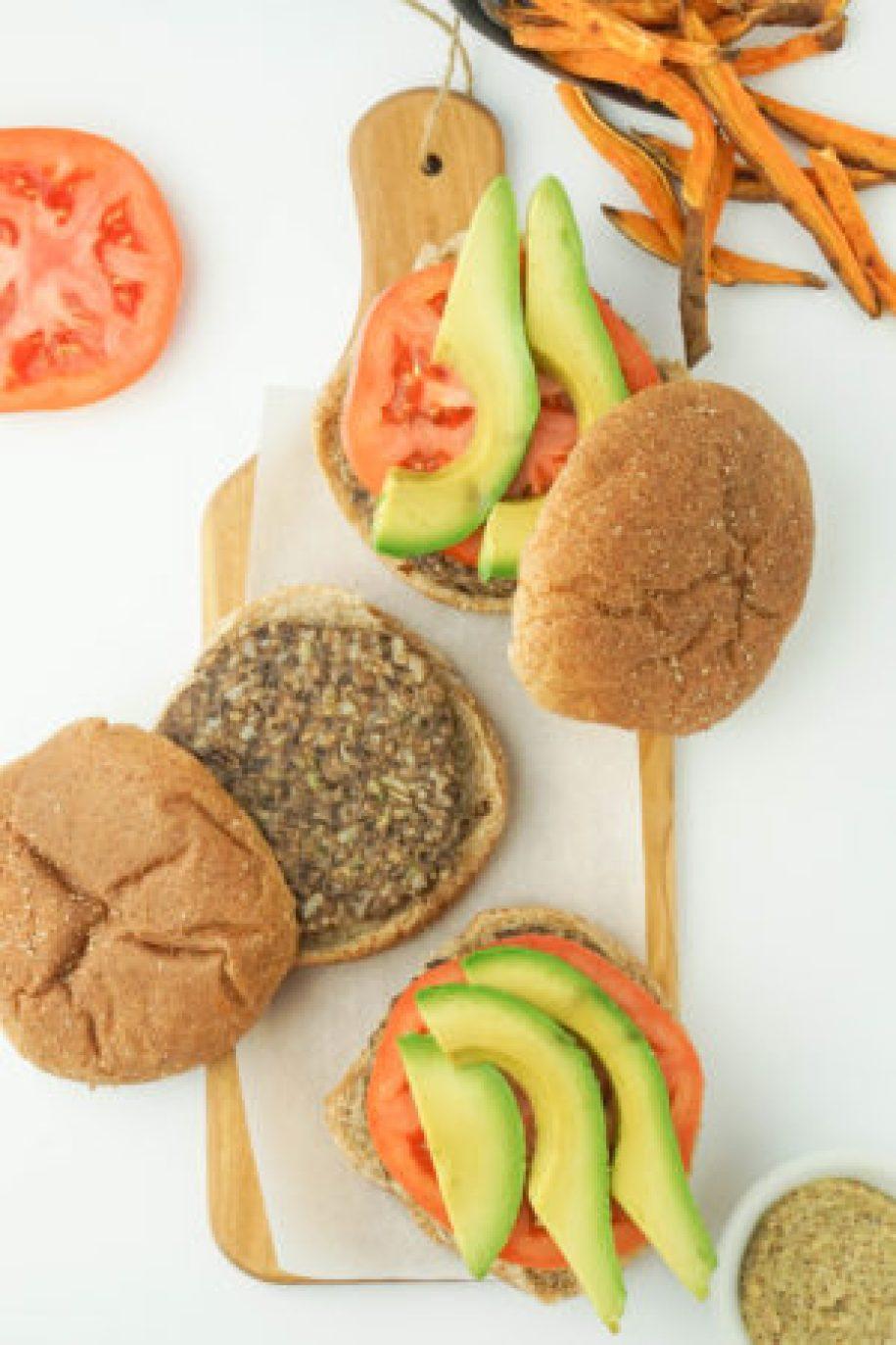 Healthy Vegan Black Bean Burgers! Super EASY and super delicious! #healthy #burgers #veggieburgers #recipe #blackbeanburgers #brownrice | www.wakeuptowaffles.com