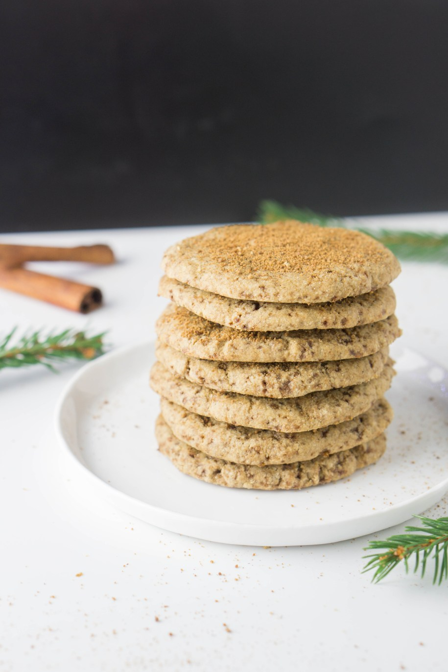Healthy Snickerdoodles! These are the best cookies because they're butter-free and full of coconut sugar. #coconutoil #wholewheat #sugarfree | www.wakeuptowaffles.com