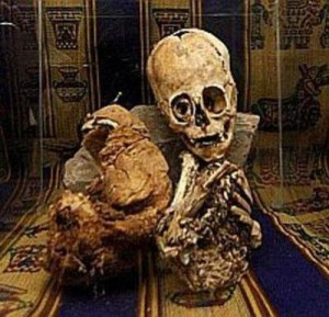 1-mummies02peru