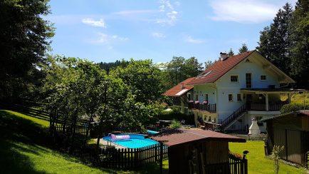 Garten und Haus Ferienwohnung Wald Kobel