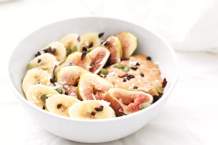 Creamy mashed banana chai tea oatmeal with figs