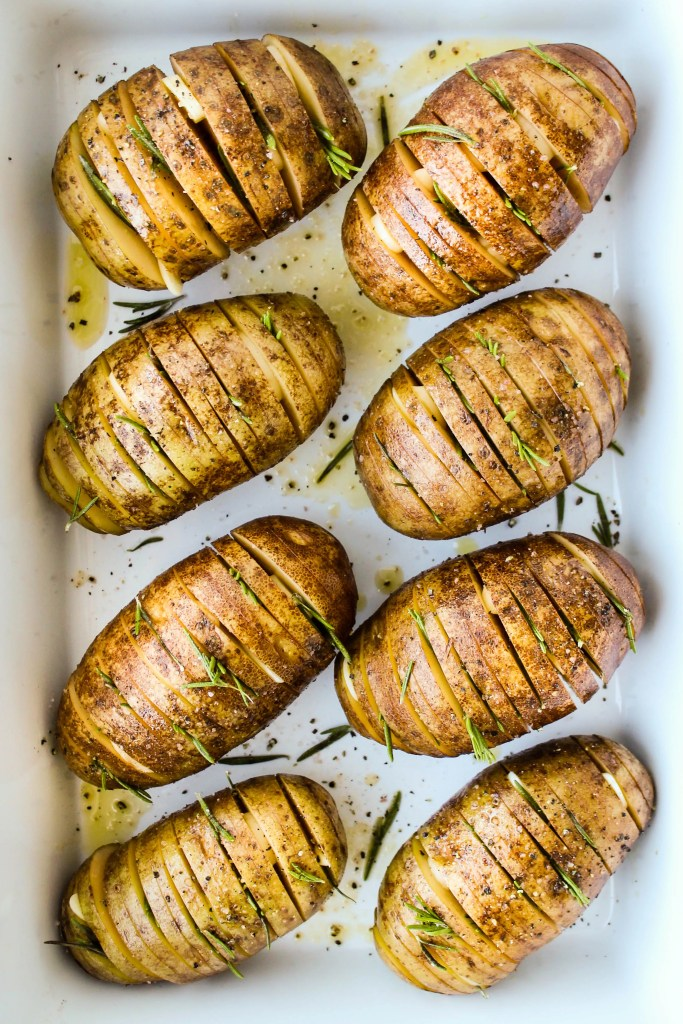 hasselback russet potatoes with rosemary and garlic