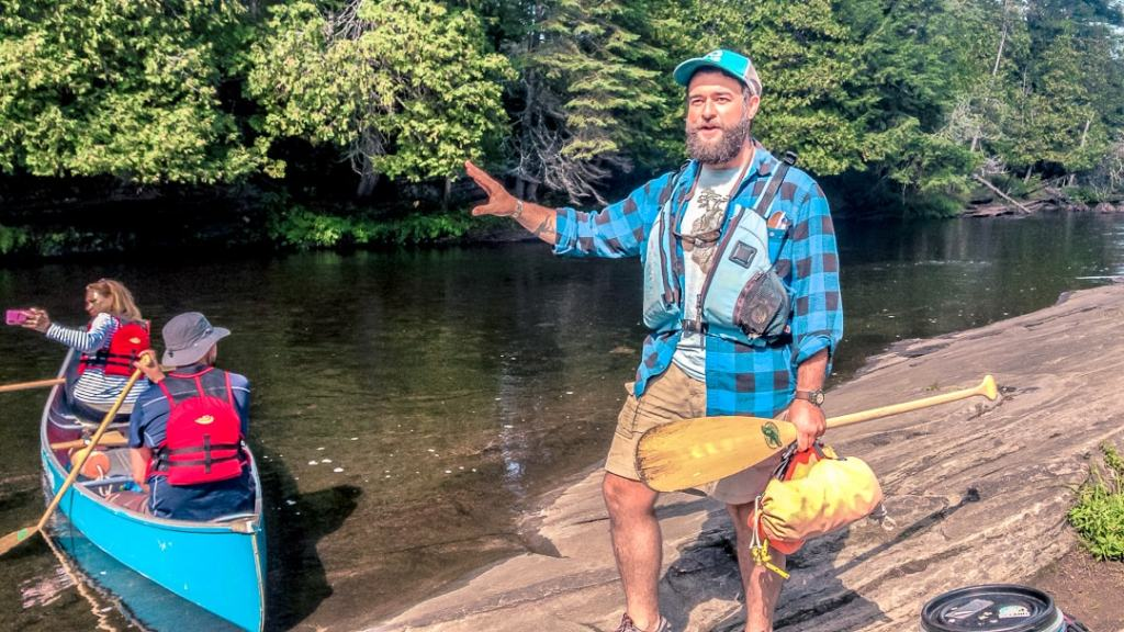 guided canoe trips in ontario