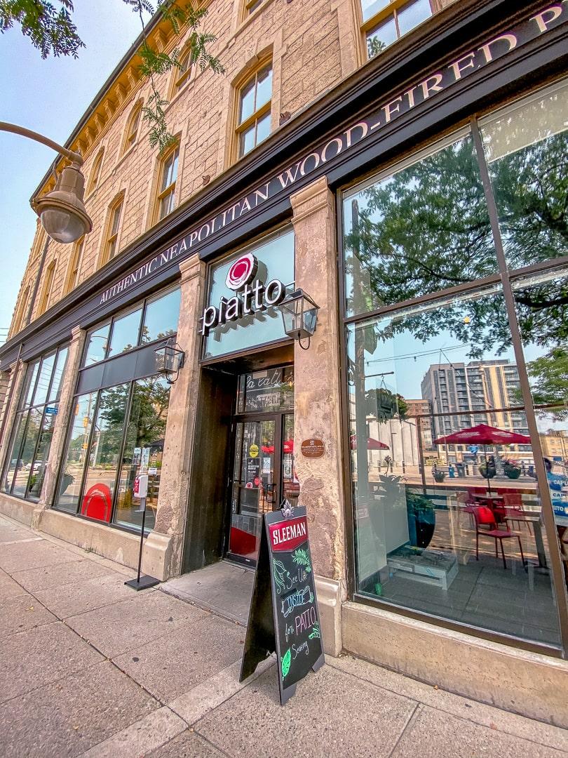 Piatto Pizzeria entrance way a restaurant in Guelph Ontario