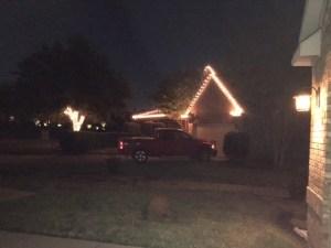 neighbor-christmas-lights