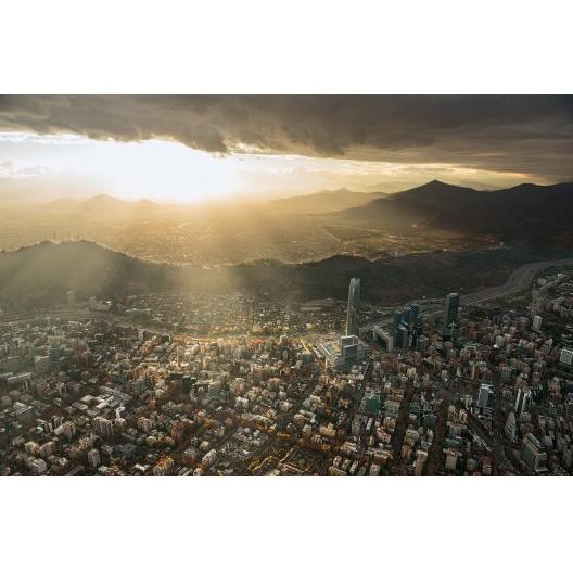 cerro-san-cristobal_foto-por-guy-wenborne_libro-santiago-desde-el-aire-cortesia-santiago-cerros-isla