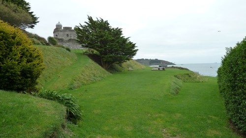 Walks And Walking - Cornwall Walks St Mawes Castle Walking Route - St Mawes Castle Gardens