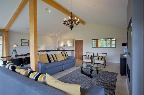 Walks And Walking - Stoke by Nayland Luxury Country Lodge - Open Plan