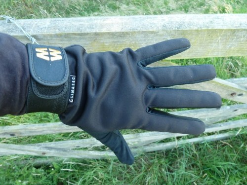 Walks And Walking - MacWet Sports Walking Gloves Review