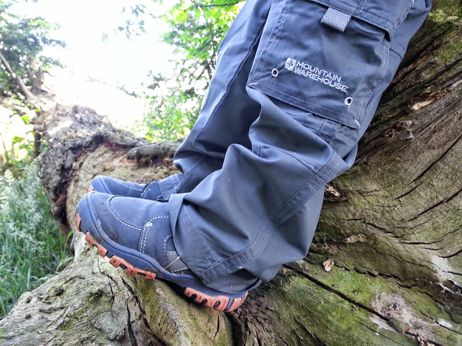 Walks And Walking - Mountain Warehouse Kids - Trousers and Walking Boots