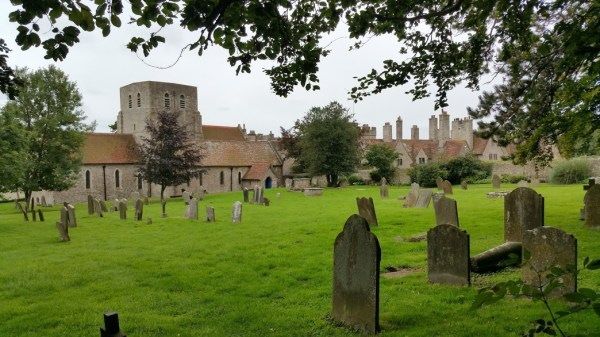 Walks And Walking - West Hythe Walk In Kent - Lympne Castle and Church