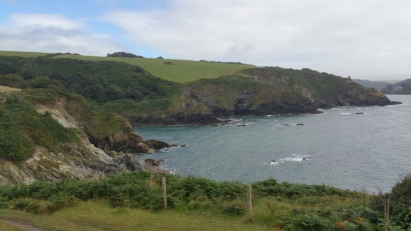 Walks And Walking - Par Sands Walk In Cornwall - Polridmouth
