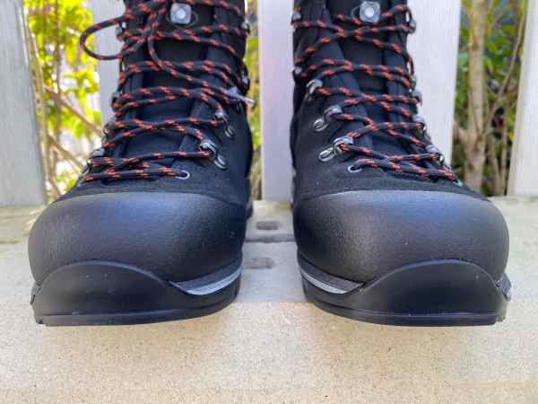 LOWA BALDO GTX MENS WALKING BOOTS
