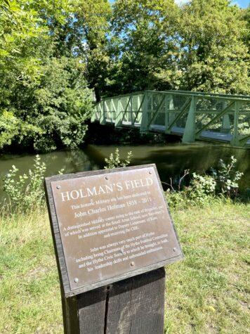 Holman's Field - Hythe Sound Mirror Walk in Kent