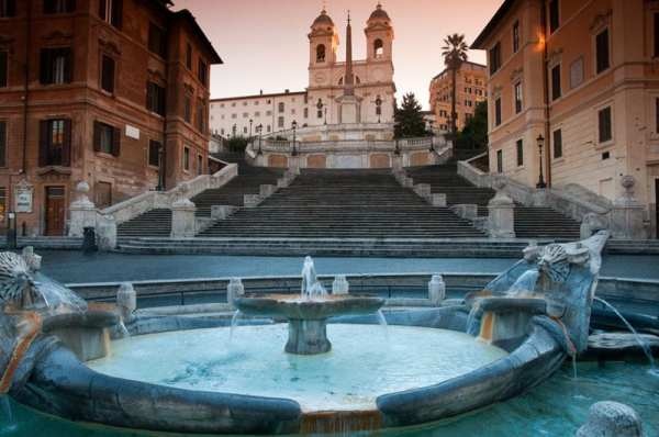 There is no more quintessential Roman experience during your trip to Italy than a dawn visit to the Spanish Steps.