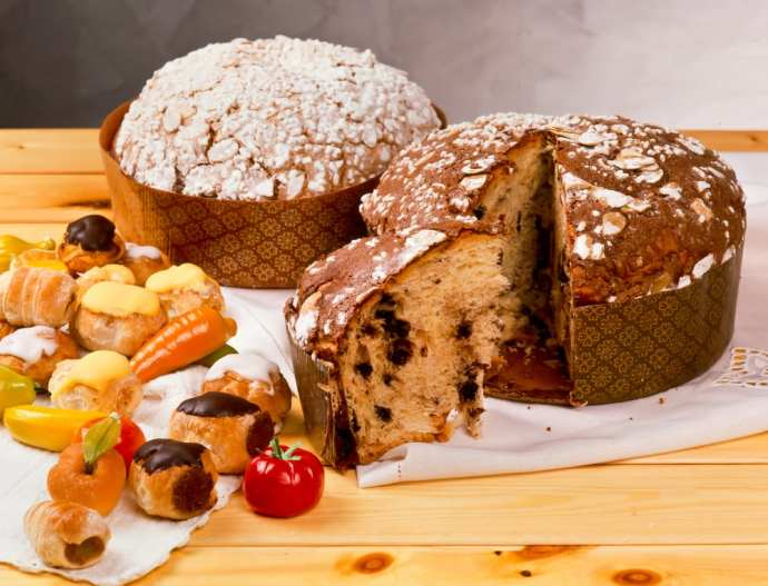 italys 6 sweet christmas breads panettone and beyond