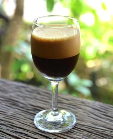 Caffe shakerato, a great Italian drink