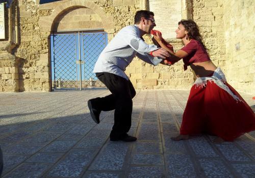 Risultati immagini per ballo di gruppo pizzica tarantata