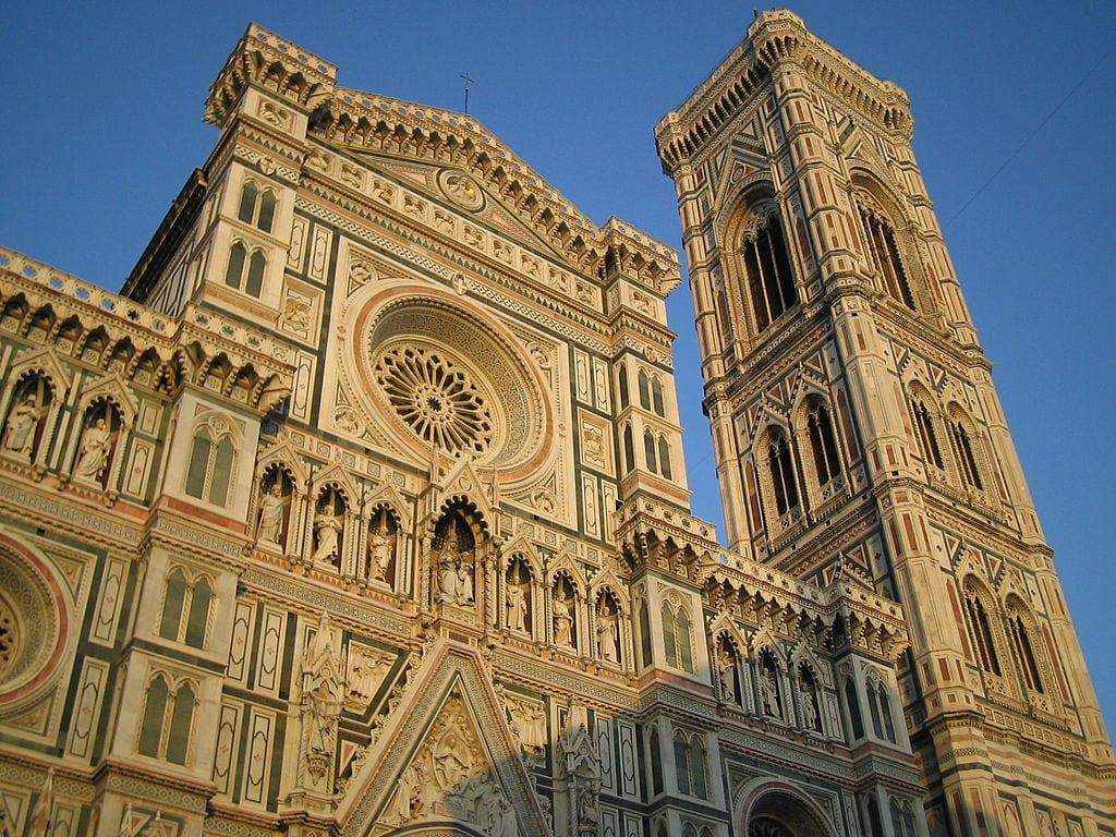 The (relatively) new facade of the Florence Cathedral was started in 1587 - she doesn't look her age, does she?