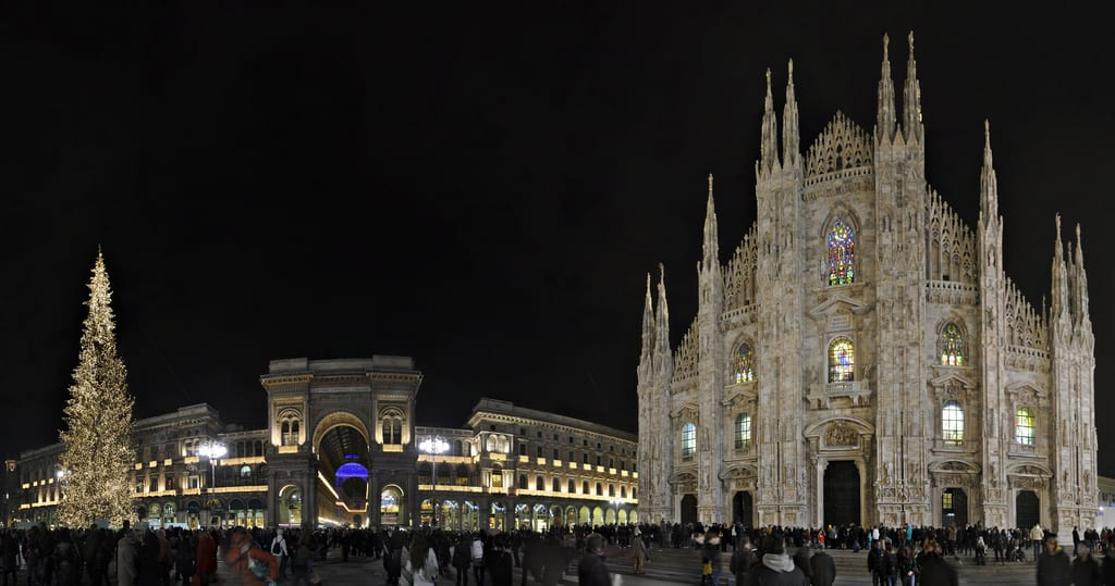 The Duomo di Milano and it's Christmas tree make for a beautiful sight on a late-autumn evening.