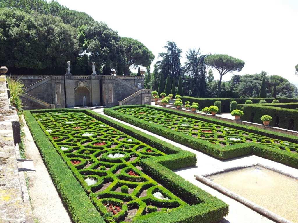 Villa-Barberini-garden