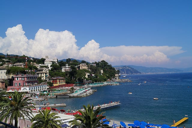 Santa Margherita Ligure on the Italian Riviera | photo via flickr by Jeremy Sutcliffe https://www.flickr.com/photos/jmts/18378347053/in/photolist-uEi1Cf-uWoGz7-uUrDQj-u12QhD-uWSJur-uEq5GV-tZRwW7-uX95jH-4XwC8s-4U5Pv7-uEanx7-tZK8F1-uEbfx5-uEiYNn-uX2xnz-uUyexY