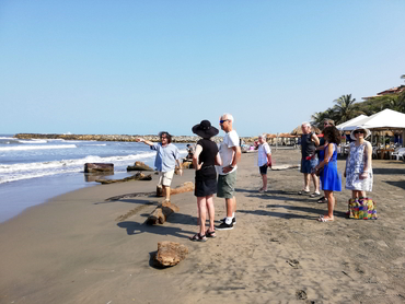 Learning perspective on the beach during our art and food workshop in South America