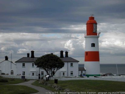 Souter lighthouse The first lighthouse to be powered by electricity decommissioned in 1988 now a National Trust property.
