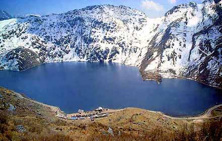 Tsomgo-Lake-Gangtok