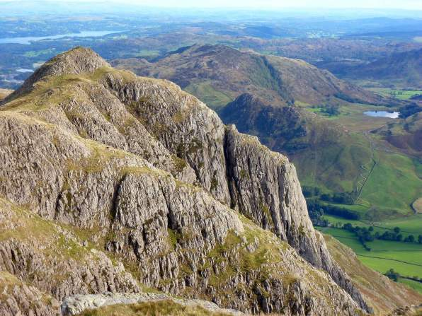 Classic Lake District Walks - Langdale Pikes