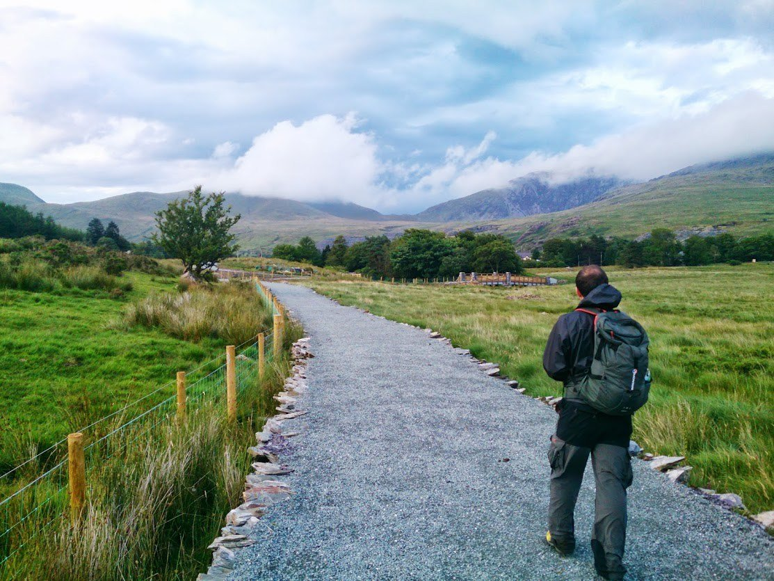 Easy Family Walks in Snowdonia - Lon Las Gwyrfai